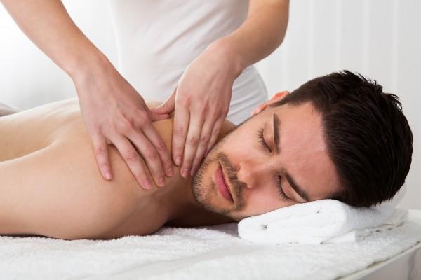 5x Klassische Rückenmassage mit anschließender Wärmebehandlung