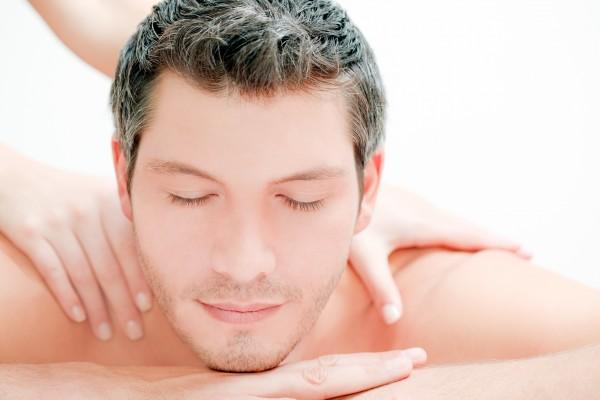 Aromaöl - Ganzkörpermassage mit Fußbad á 50 Minuten